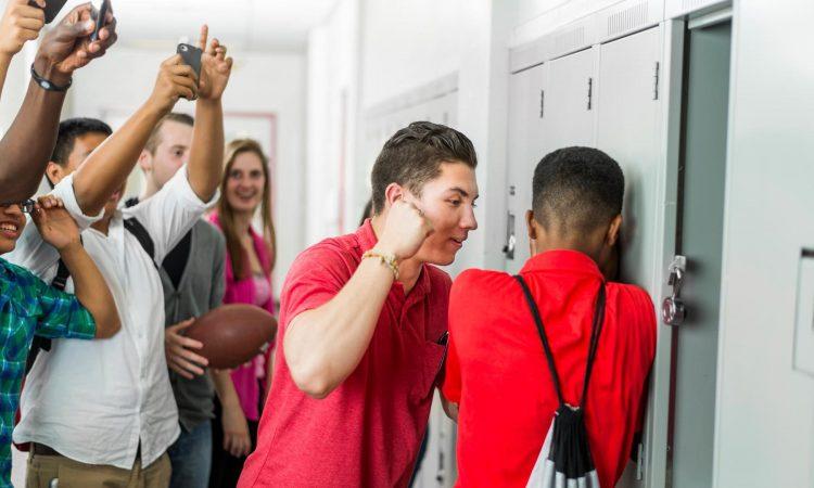 El matoneo escolar es otra forma de violencia, la Red de Protección invita a papás, docentes y compañeros a trabajar unidos para contrarrestar el problema